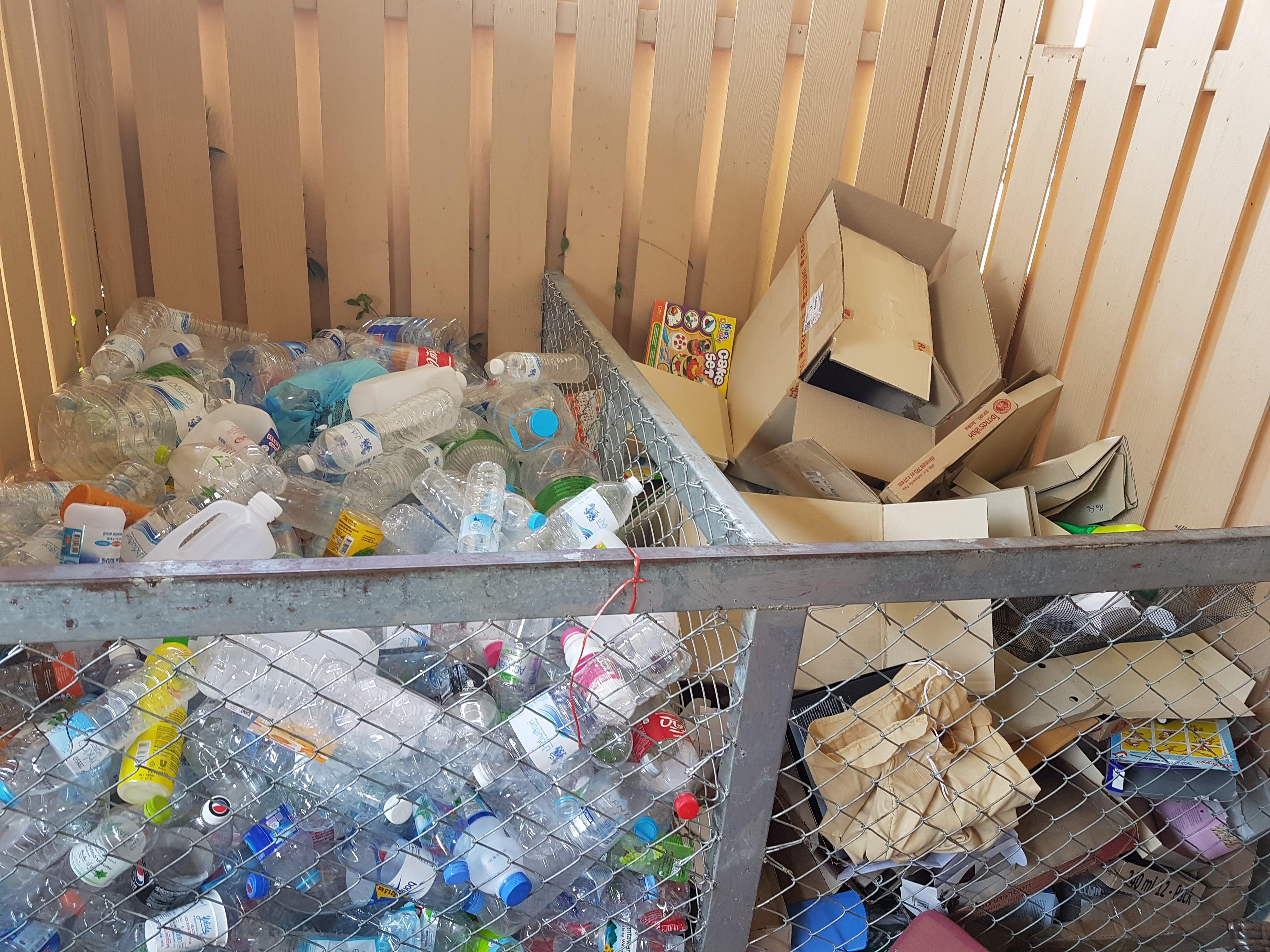 Plast- och pappåtervinning